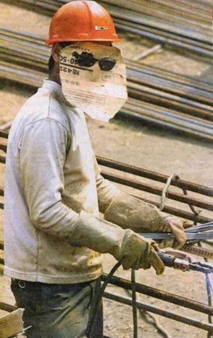 Вицове: Безопасност и здраве при работа!