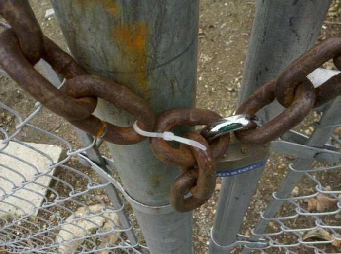 Вицове: Под ключ!!!