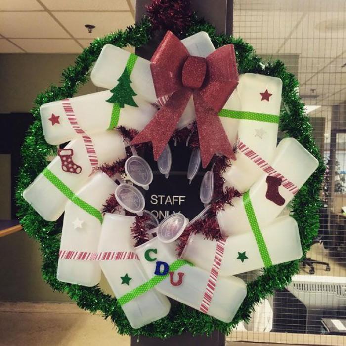 Вицове: Коледна украса!