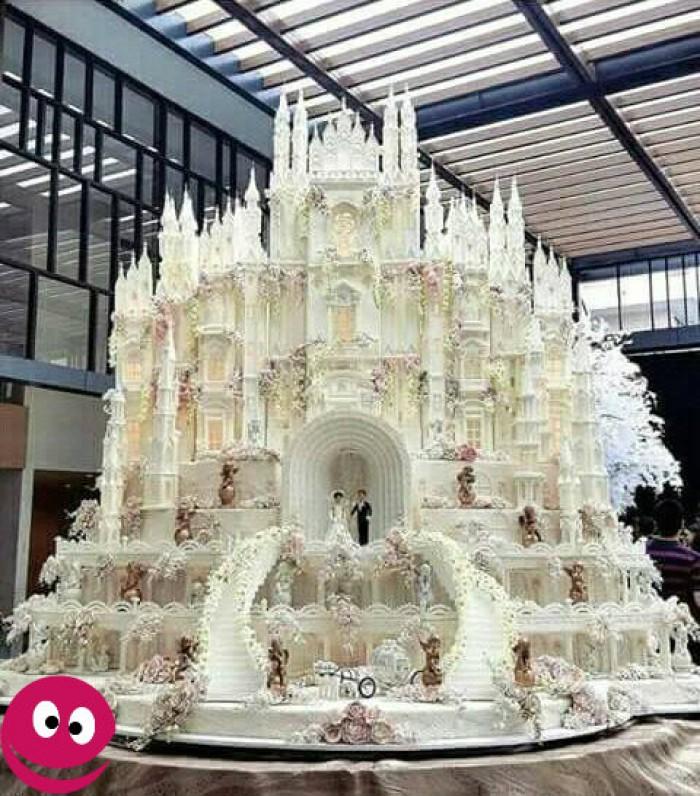 Вицове: Сватбена торта