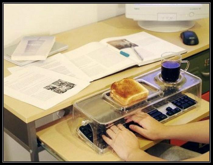 Вицове: Предпазител на клавиатура