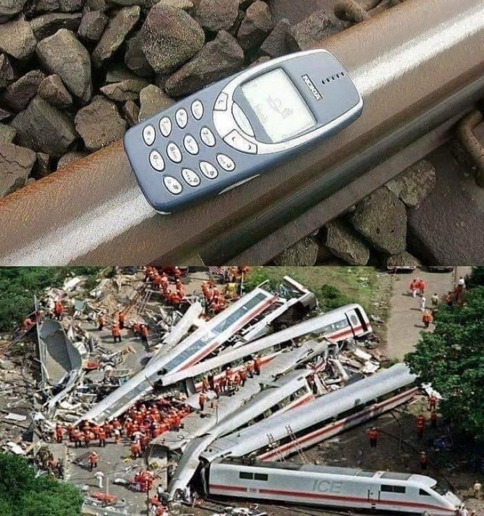 Вицове: Най-здравият телефон Нокиа 3310