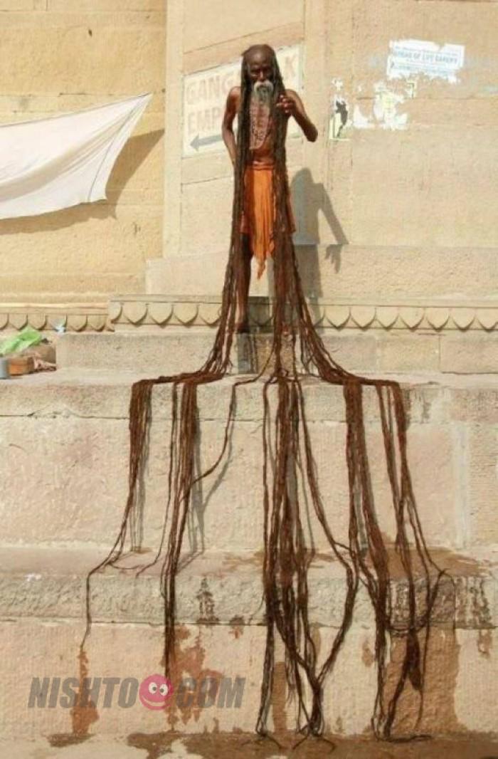 Вицове: Най дългата коса на света